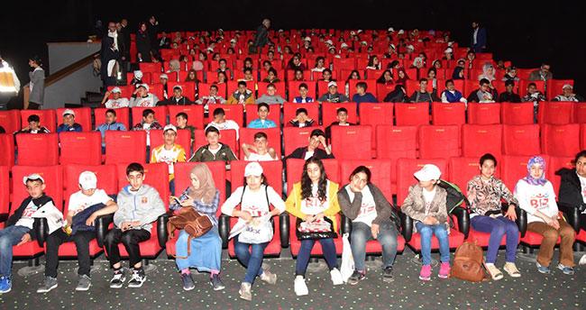 Adıyamanlı öğrenciler Konya'da 'Direniş Karatay' filmini izledi
