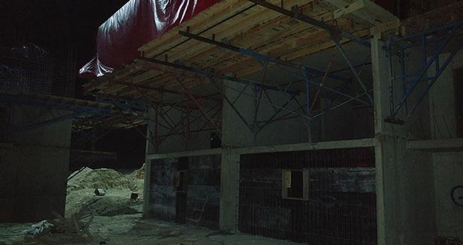 Konya'da ikinci kattan düşen işçi hayatını kaybetti