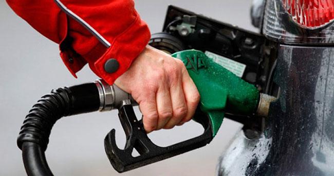 Benzine bir zam daha geliyor!