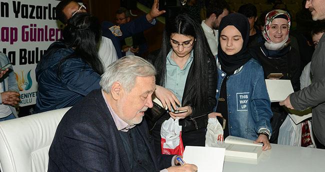 Konya Kitap Günleri'ne 1 Haftada 100 Bin Ziyaretçi