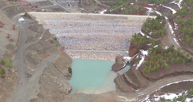 Konya Hadim Bolat Barajı'nın gövde dolgusu tamamlandı
