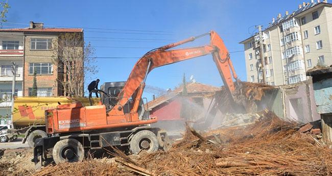 Ereğli'de kentsel dönüşüm alanında yıkımlar başlıyor
