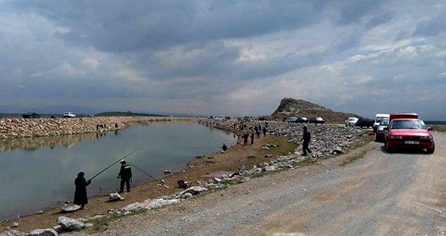 Seydişehir'de olta balıkçılığına ilgi arttı