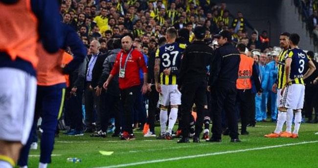 Fenerbahçe – Beşiktaş derbisi tatil edildi!