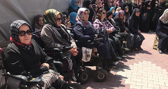 Konya'da engelli hafızlar kutsal topraklara uğurlandı