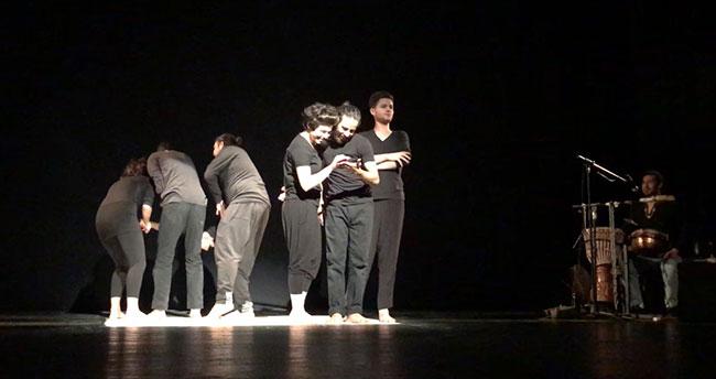Filistinli tiyatrocular, İsrail işgalini sahnede anlatıyor