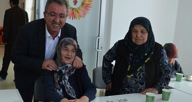 """""""Unutanları Unutmayalım"""" sergisi 4 Mayıs'ta açılıyor"""