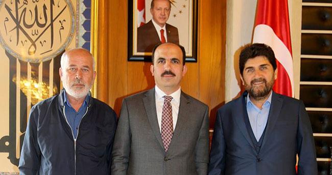 Başkan Hamdi Acar, Uğur İbrahim Altay'ı ziyaret etti