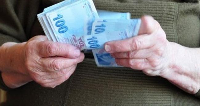 Emekliye 1000TL ikramiyenin ne zaman ödeneceği belli oldu