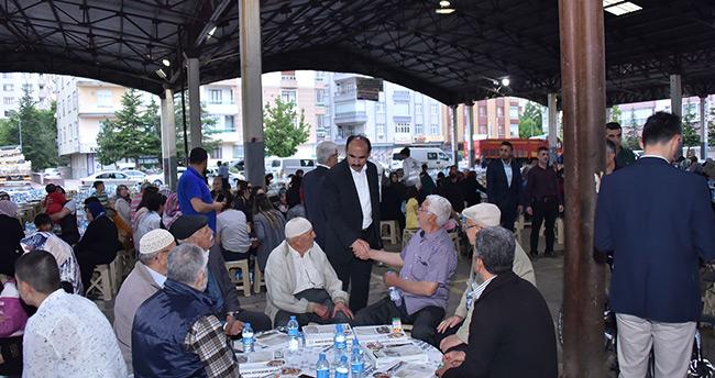 Konya'da mahalle iftarları devam ediyor