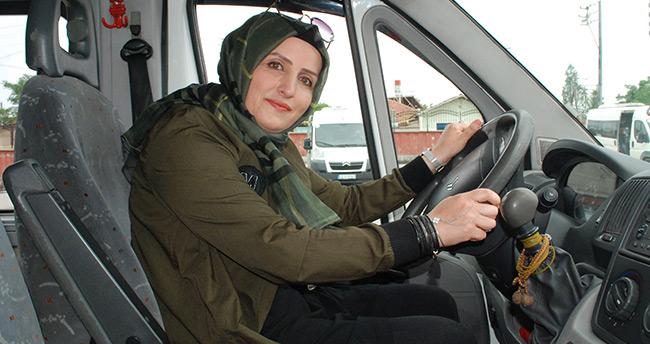 Öğrencilerin 'Şoför ablası'