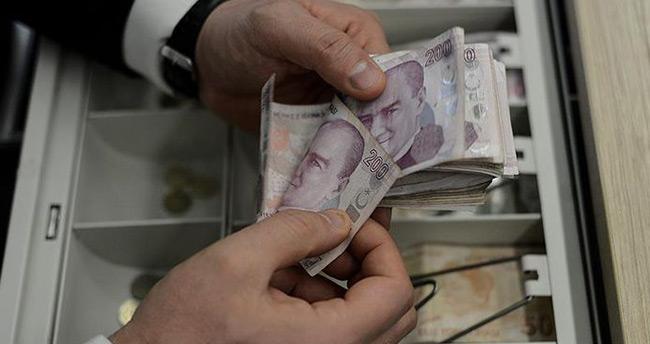 Türkiye'de kredi kullananların sayısı 1.7 milyon arttı