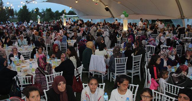 Eminevim'den Konya'da iftar yemeği programı