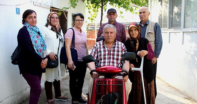 Engelli vatandaşa akülü araba