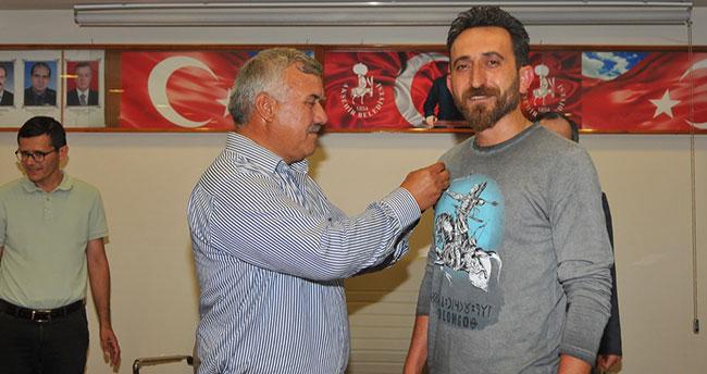 Akşehir Belediyesi'nden dünya şampiyonu Bacılı'ya ödül