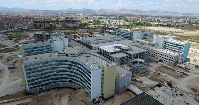Konya Şehir Hastanesi 2,5 milyon hastaya hizmet verecek
