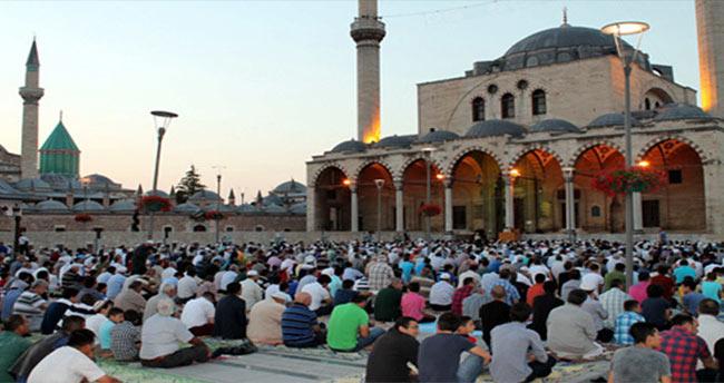 Konya'da Bayram namazı sabah saat kaçta kılınacak?