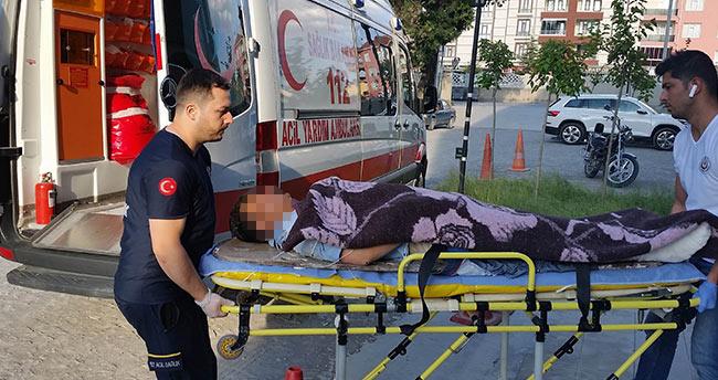 Suriyeli işçi tamir yaptığı çatıdan düşerek yaralandı
