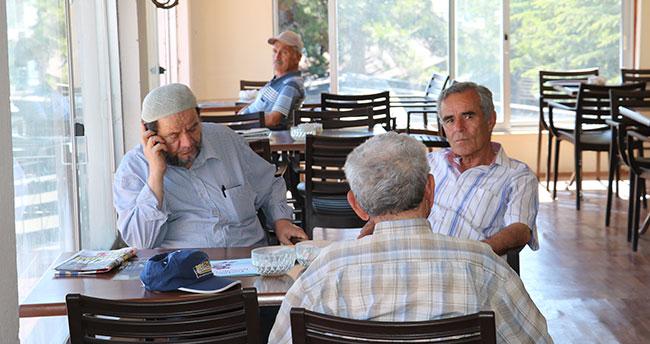 Emeklilerin buluşma adresi oldu