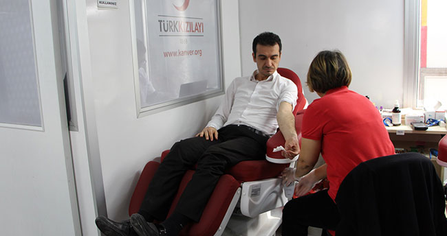 Karatay Belediyesi personelinden kan bağışı