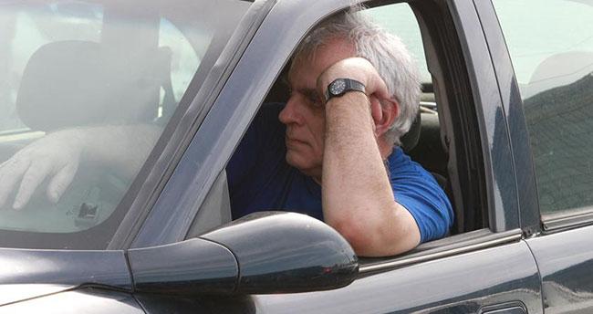 Arabalarda sarsılmak uyku getiriyor