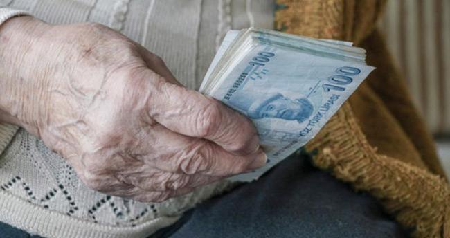 Emekli maaşları bugün ödenmeye başlayacak
