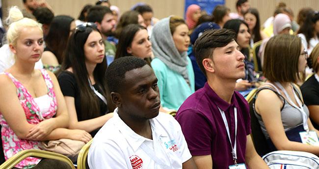 Türkçe Yaz Okulu için gelen yabancı öğrenciler Konya'da