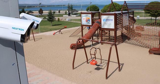Konya'da çocuk parklarında güvenlik kamerası dönemi