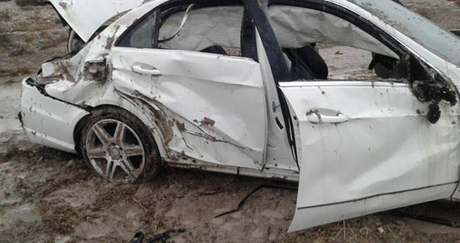 Otomobil devrildi ! 6 yaralı