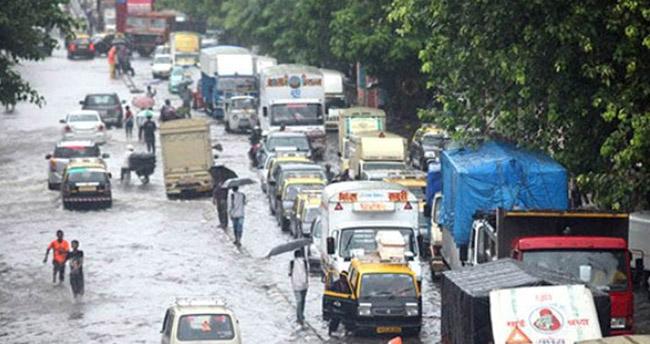 Şiddetli yağışta ölenlerin sayısı arttı!