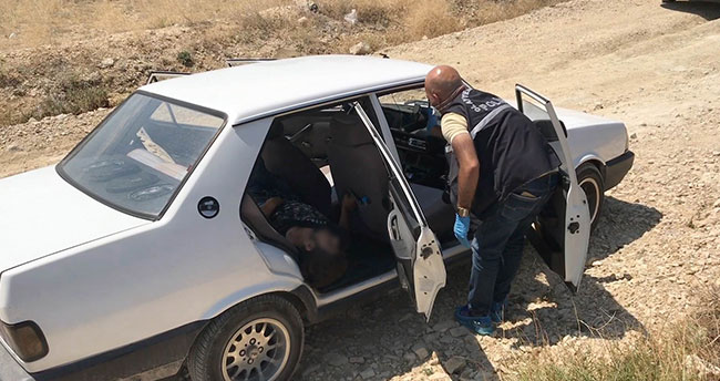 Konya'da 24 yaşındaki genç otomobilde ölü bulundu