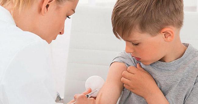 23 bin aile aşıyı reddetti: 14 bin çocuk ölebilir