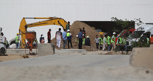 Konya'da tren garı inşaat şantiyesinde göçük