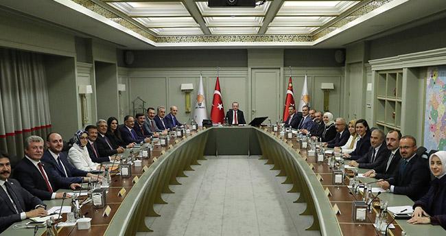 Leyla Şahin Usta AK Parti Genel Başkan Yardımcısı oldu