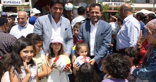 Derbent'te çocuklar bayram sevinci yaşadı