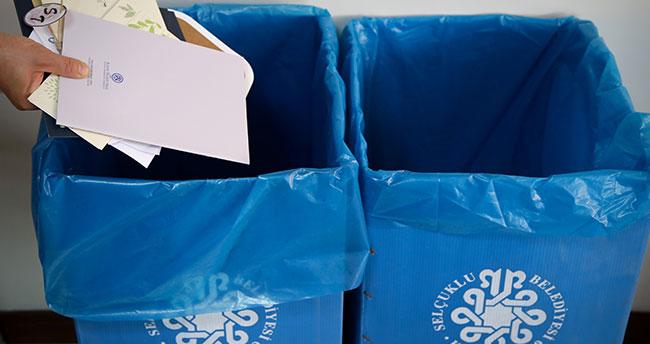Atık kağıtla ayda 13 bin ağacın kesilmesi önleniyor