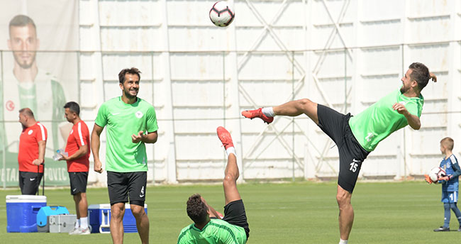 Atiker Konyaspor, Evkur Yeni Malatyaspor maçı hazırlıklarını sürdürüyor