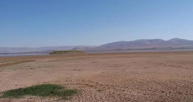 Ilgın Çavuşçu Gölü kuruyor!