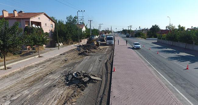 Karatay Belediyesi asfalt yenileme çalışmalarını sürdürüyor
