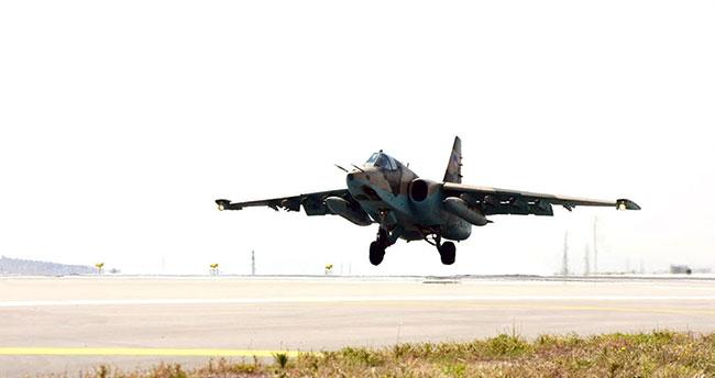 Türk ve Azeri savaş uçaklarından ortak uçuş