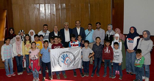 Başkan Altay, yetim Türkmen çocuklarla buluştu