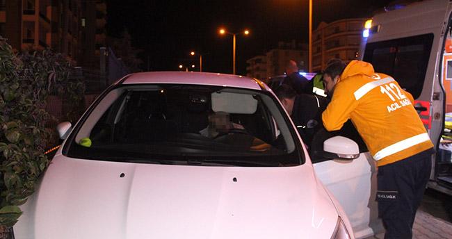 Konya'da alkollü kaza yapan sürücü otomobilde uyuyakaldı