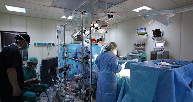 5 yılda 370 kişi kalp nakliyle yaşama tutundu