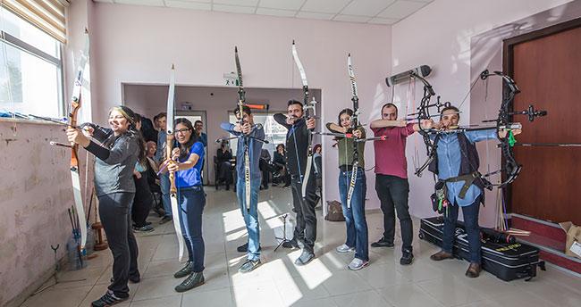 Kılıçarslan Gençlik Merkezi Hobi Kurs Kayıtları Başladı