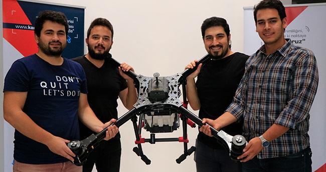 """Genç girişimcilerden """"hayatı kolaylaştıran drone""""lar"""