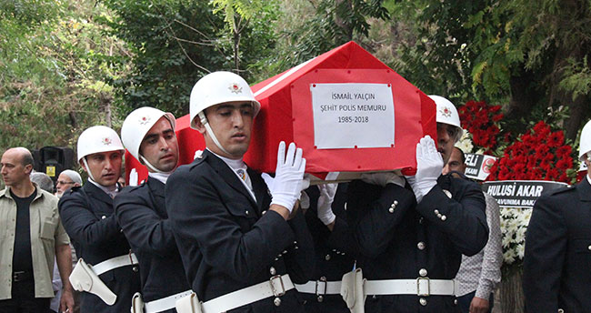 Konya'da şehit olan polis son yolculuğuna uğurlandı