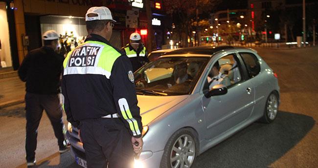 Konya'da trafik denetimleri aralıksız sürüyor