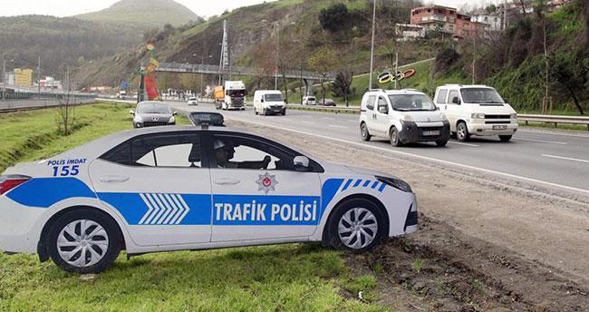 Maket polis araçları kazaları azalttı