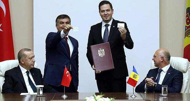 Moldova ile 5 anlaşma imzalandı