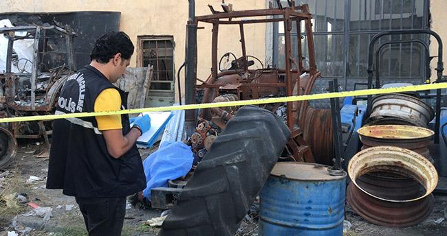 Konya'da bisiklet tamircisi hurda traktörün yanında ölü bulundu